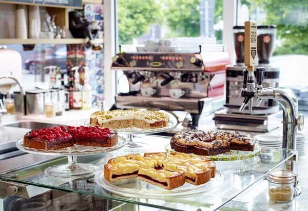 Profesionalhoreca, tartas Barista Cakes de Erlenbacher en una cafetería