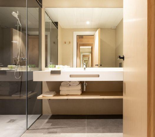 Profesionalhoreca, baño del hotel Raval House