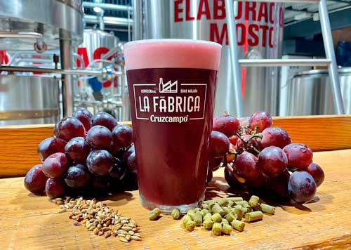 Profesionalhoreca, cerveza con sabor a vino Cruzcampo Grape Beer