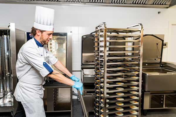 Profesionalhoreca, huevos fritos bajos en grasa realizados en el iCombi Pro