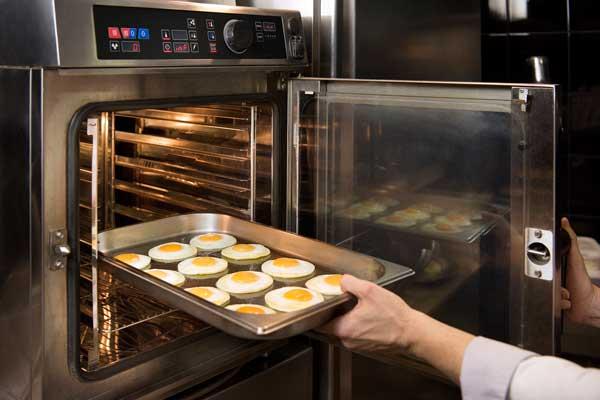 Profesionalhoreca, huevos fritos de Angulas Aguinaga Profesional