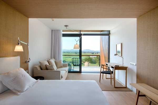 Profesionalhoreca, habitación del hotel Empordà Golf