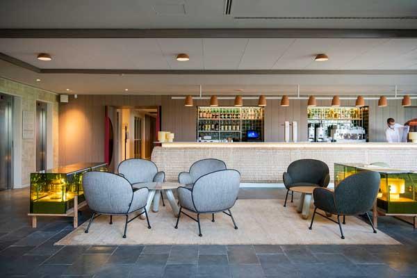 Profesionalhoreca, bar interior del hotel Empordà Golf