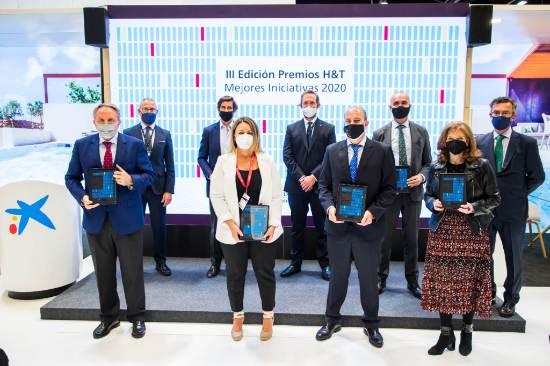 ProfesionalHoreca, galardonados en  III Premios Hotels & Tourism CaixaBank