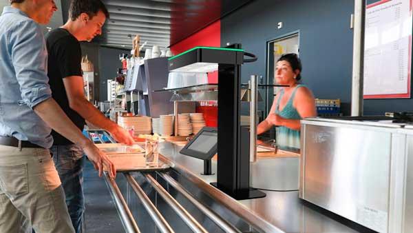 Profesionalhoreca, solución de pago Proppos en un restaurante autoservicio