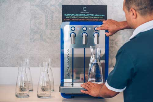 Profesionalhoreca, fuente de agua mucrofiltrada en hotel Iberostar