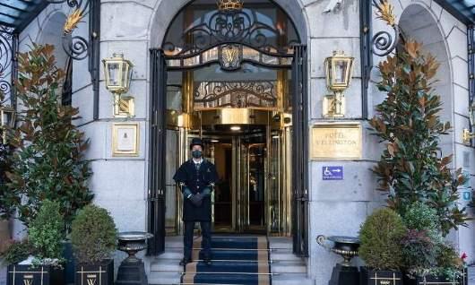ProfesionalHoreca, entrada del hotel Wellington Madrid