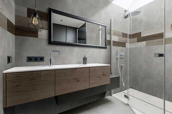 Profesionalhoreca, revestimiento GX Wall+ de Grosfillex en el baño de un hotel