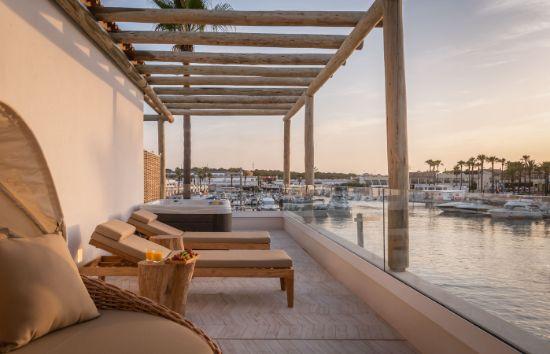 Profesional Horeca Suites del Lago (Menorca)