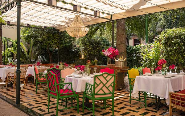 Proesionalhoreca, terraza en el jardín de Casa Ozama