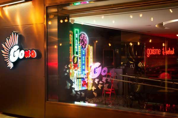 Profesionalhoreca, entrada a GoXo Barcelona, con su estilo de street food asiático